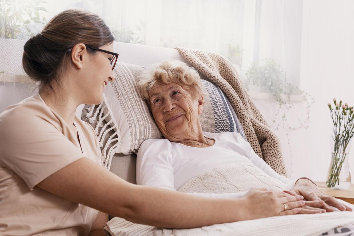 Pneumonia em idosos: riscos e prevenção – Senior Concierge